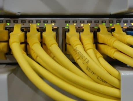 "<font color=""#FFAB00"">Reti Lan, WIFI, Modem, Router</font>"